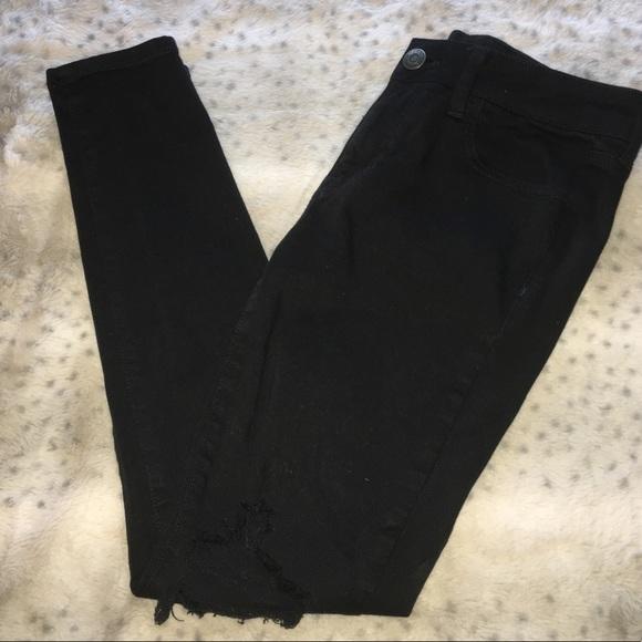 Denim - Black American Eagle Distressed Skinny Jean